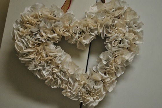 DIY Sweetheart Doily Wreath by Lanterns & Lace